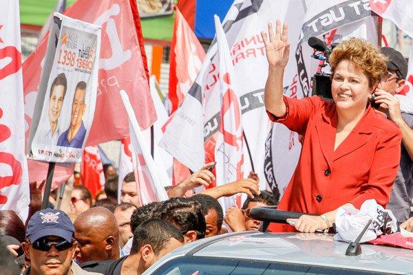 Na questão LGBT, Marina merece todas as críticas, mas Dilma pouco fez em 4 anos; tem agora, contudo, a chance de assumir um compromisso com a luta que nunca deveria ter abandonado