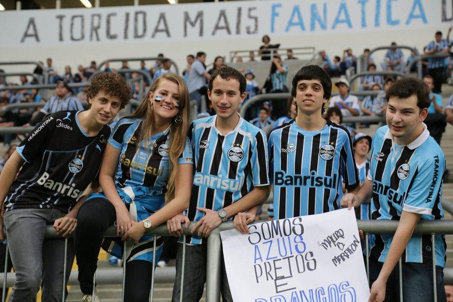Geral do Grêmio ofendeu o rival Internacional no jogo contra o Bahia