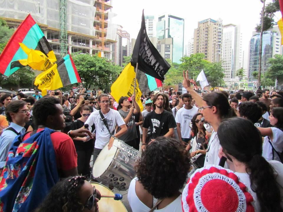 Quem em sã consciência, das pessoas envolvidas com o movimento negro, poderia dizer que o movimento não recebeu um gigantesco impulso nos últimos dez anos?