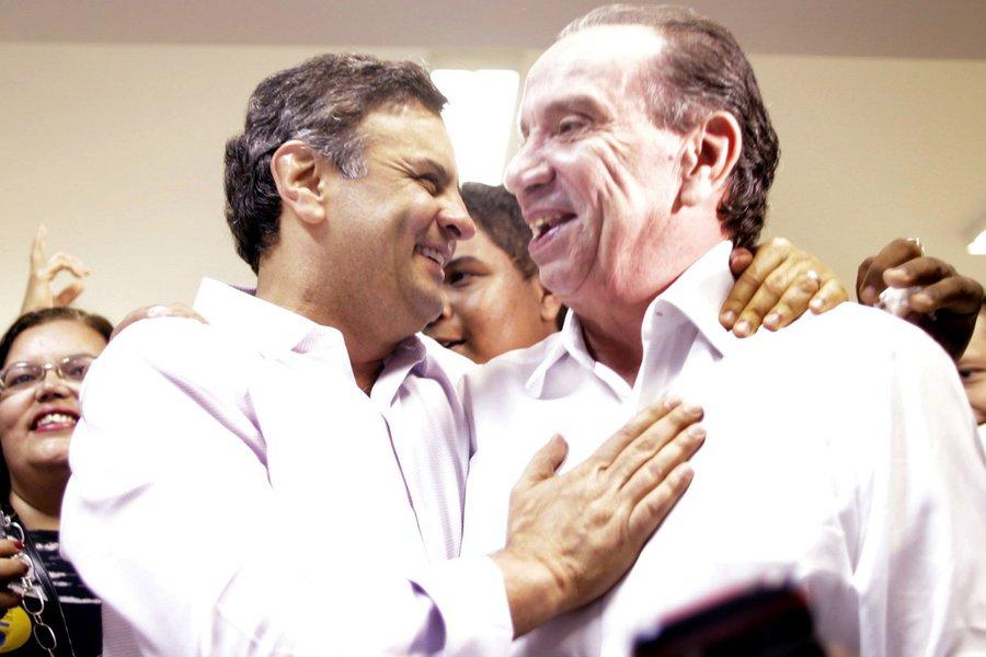 """Candidato a vice-presidente na chapa de Aécio Neves, senador Aloysio Nunes (PSDB-SP) diz que candidata do PSB """"improvisou uma personalidade palatável para esconder a imagem de sectarismo que sempre a caracterizou""""; tucano aponta contradições de Marina Silva e comemora, sobre seu programa de governo trazer semelhanças com o do PSDB: """"Acho ótimo. É sinal de que ela pode nos apoiar no segundo turno"""""""