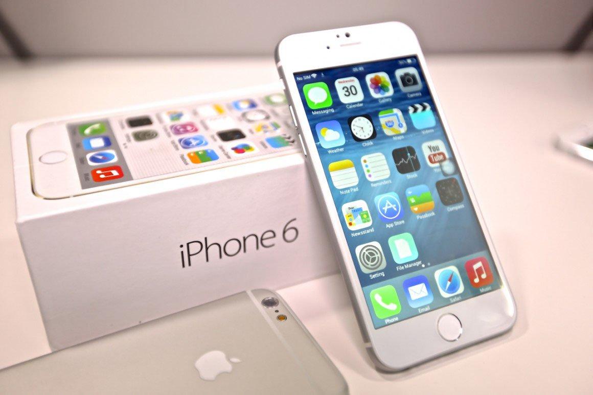 Os valores caíram até 25% com o lançamento do iPhone 6; empresa não informou quando os novos celulares chegam ao País