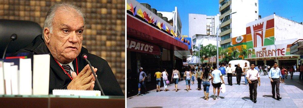O projeto de lei que criava novos cargos de Defensor Público foi vetado pelo governador de Alagoas em exercício, desembargador José Carlos Malta Marques; justificativa foi a Lei de Responsabilidade Fiscal (LRF) e questões de interesse público