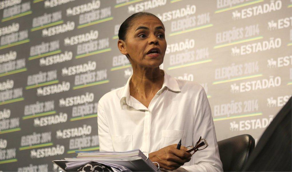 """Candidata do PSB ressaltou inexperiência eleitoral da presidente Dilma Rousseff há quatro anos ao rebater os ataques feitos a ela hoje pela campanha da petista no programa eleitoral na TV; """"Eu comecei como vereadora, comecei como deputada, fui senadora por 16 anos, ministra do Meio Ambiente"""", disse Marina em sabatina no portal do jornal O Estado de S. Paulo;""""Imagina se eu dissesse que uma pessoa que nunca foi eleita nem vereadora se eleita presidente do Brasil, aí sim, poderia parecer Collor de Mello"""", disparou"""