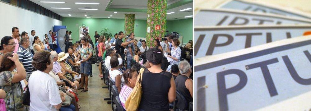 """O Ministério Público de Sergipe ajuizou Ação Direta de Inconstitucionalidade, com pedido de medida cautelar, em face do Município e de Câmara de Vereadores de Aracaju, para impugnar a Lei Complementar (LC) Municipal nº 145, de 12 de dezembro de 2014, ou seja, combater os reajustes aplicados à cobrança do IPTU 2015 e anos seguintes; para o Ministério Público, os novos critérios legais instituem """"exorbitante majoração dos valores cobrados em 2014 e os novos valores cobrados em 2015 e 2022"""""""