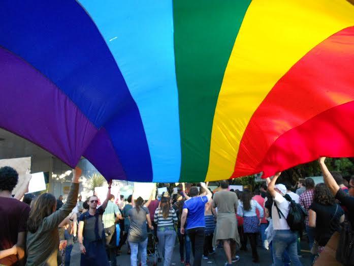 A comunidade LGBT precisa de posicionamentos firmes e concretos, que os façam olhar para um futuro sem preconceitos