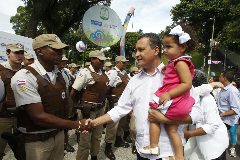 Governo do Estado realiza caminhada no Dia da Mulher e disponibiliza servi�os gratuitos, no Dique do Toror�