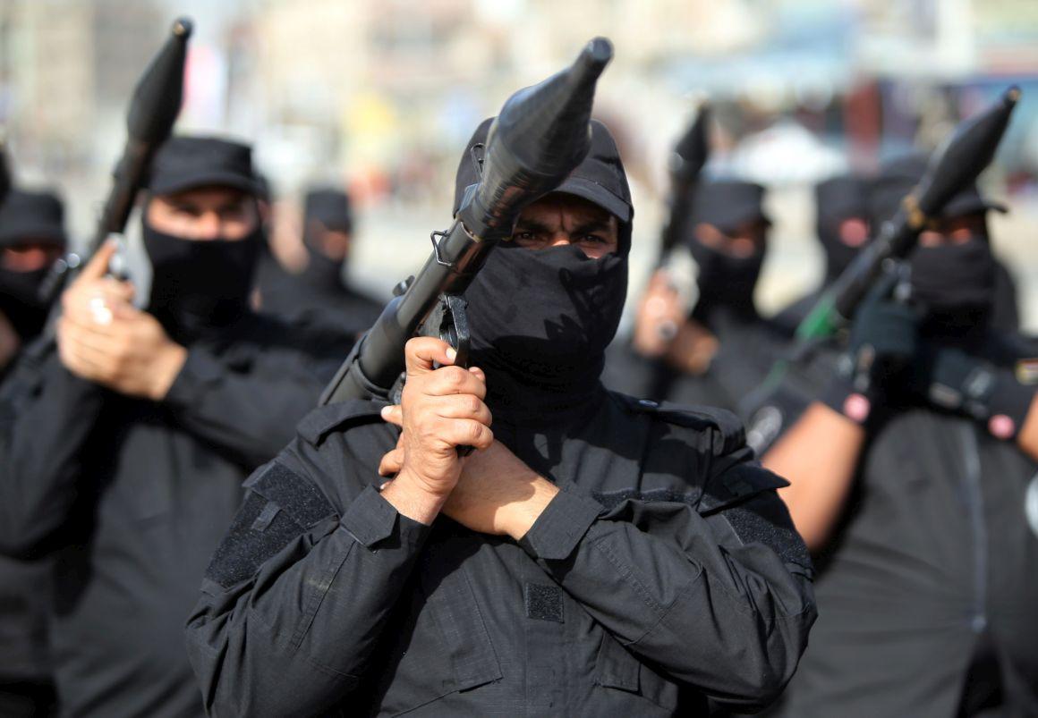 O comandante do Estado Islâmico, identificado como um dos governadores provinciais auto-declarados, foi morto em um ataque perto da cidade de Hamadi Omar, a 50 quilômetros da cidade de Hama. O Observatório disse que um total de 26 militantes do Estado Islâmico morreram no ataque