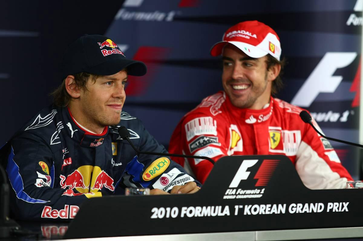 A esperada notícia, um segredo aberto desde que o alemão anunciou em outubro que deixaria a Red Bull, formalmente encerrou um relacionamento de cinco anos entre a escuderia e o bicampeão espanhol que frustrou ambos os lados