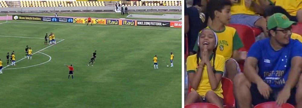 Após um empate sem gols com o México, a seleção olímpica sub-23 foi vaiada pelos torcedores que acompanharam o jogo no Estádio Castelão, em São Luís (MA); no jogo anterior, contra o Paraguai, o combinado brasileiro havia vencido por 4 a 1