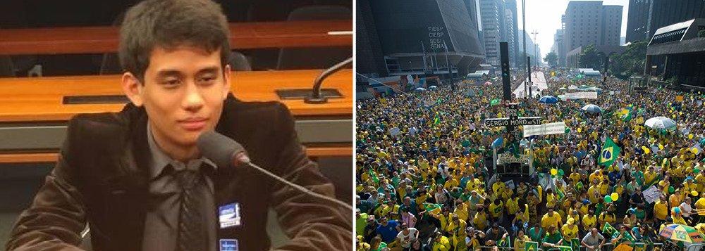 """""""A ideia é levar o protesto até o Congresso Nacional. Tem um peso enorme fazermos o protesto aqui em São Paulo, mas a pressão só vamos sentir na porta deles"""", disse Kim Kataguiri, líder do Movimento Brasil Livre; o grupo organiza uma caminhada de São Paulo a Brasília para a próxima sexta-feira"""