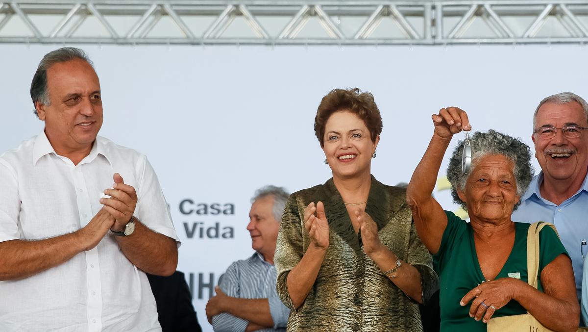 Duque de Caxias, RJ 09/04/2015. Presidenta Dilma Rousseff durante cerimônia de entrega de 500 unidades habitacionais do Residencial Volterra, do Programa Minha Casa Minha Vida. Foto: Roberto Stuckert Filho/PR