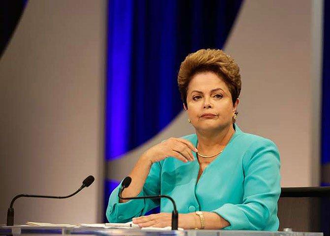 A pergunta que qualquer pessoa intelectualmente honesta deve se fazer é se com esse perfil político do eleitorado, ainda que vitoriosa nas urnas, Dilma teria condições de governar o Brasil?
