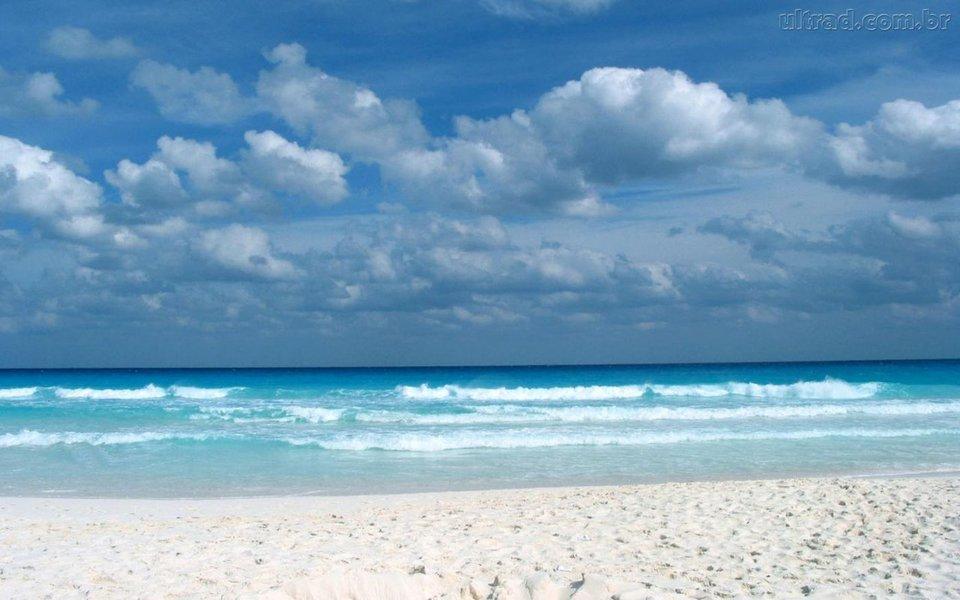 De um total de 31 pontos do litoral de Fortaleza ,13 estão próprios para banho durante este fim de semana, de acordo com boletim divulgado nesta sexta-feira (8) pela Semace. Confira para curtir a praia com segurança