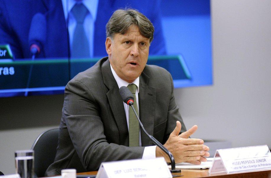 """O diretor de Gás e Energia da Petrobras, HugoRepsold Júnior, respondeu perguntas dos deputados durante cerca de três horas e negou ter sido informado da existência de ilícitos na empresa; """"Acho que o relator errou ao convocar o senhor Repsold"""", disse a deputada Eliziane Gama (PPS-MA)"""
