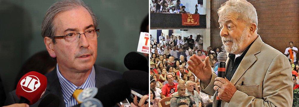 """Presidente da Câmara dos Deputados, Eduardo Cunha (PMDB) diz que futuro do ex-presidente Lula 'está atrelado ao bom desempenho ou não do governo da presidente Dilma'; ele nega desejo de se candidatar em 2018 e diz que seu candidato é o prefeito do Rio, Eduardo Paes; quanto à Petrobras, defende a mudança do marco regulatório do petróleo do pré-sal: """"a mudança de regra """"só serviu para ter uma guerra federativa pelos royalties"""""""