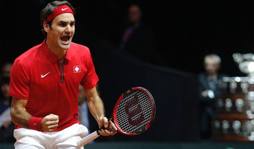O tenista Roger Federer teve um desempenho clássico, como nos velhos tempos, e venceu Richard Gasquet por 6/4, 6/2 e 6/2 para dar à Suíça o seu primeiro título da Copa Davis, com a vitória por 3 x 1 sobre a França, neste domingo