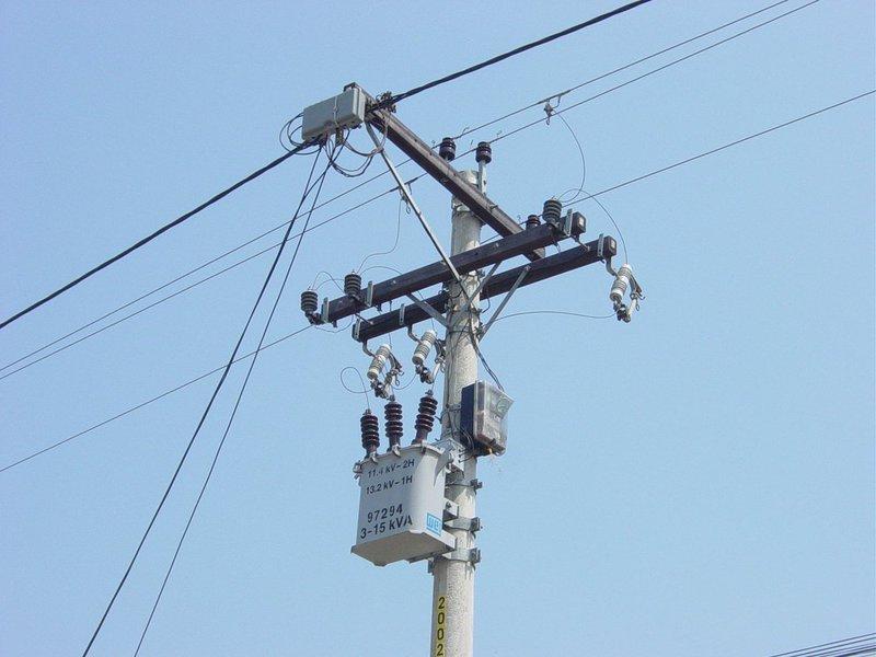 De acordo com matéria do Portal Brasil, no ranking de qualidade do serviço das distribuidoras de energia, divulgado pela ANEEL, a Coelce aparece entre as três melhores do Brasil. As concessionárias CPFL Santa Cruz e Cemar foram outras duas, entre as grandes distribuidoras