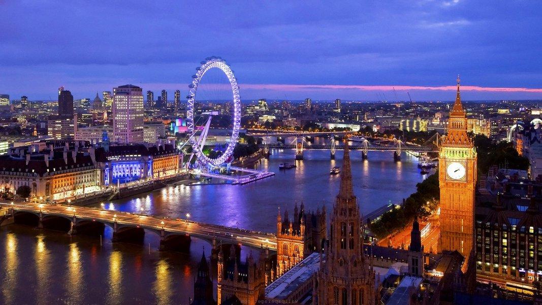 Como o sistema financeiro internacional converteu a capital britânica no centro global de reciclagem da riqueza de ditadores e do crime organizado