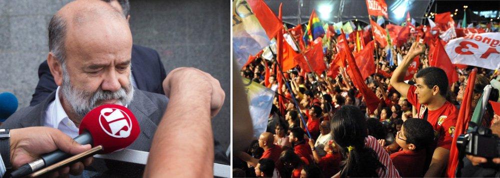 Em carta, dirigentes do PT do Rio Grande do Sul e de Santa Catarina destacam parte do estatuto da sigla que prevê a suspensão dos direitos partidários de indiciados até que as suspeitas sejam esclarecidas, como o tesoureiro nacional da legenda, João Vaccari Neto