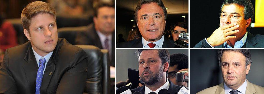 """Deputado estadual Requião Filho, do PMDB, encaminhou ofício a três lideranças do PSDB – os senadores Aécio Neves (PSDB/MG) e Alvaro Dias (PSDB-PR), assim como o deputado Carlos Sampaio (PSDB-SP) – em que cobra um posicionamento sobre os escândalos de corrupção que atingem o governo paranaense, de Beto Richa; """"por muito menos, o PSDB pediu o impeachment da presidente Dilma""""; leia a íntegra da sua coluna, publicada no Blog do Esmael"""