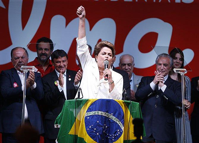 Não está escrito nem na legislação eleitoral nem na Constituição brasileira que o candidato que porventura vença por uma pequena margem tenha suas prerrogativas de chefe de Estado e de governo reduzidas