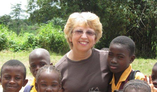 Nancy Writebol, infectada com o vírus ebola na Libéria, será tratada em um hospital de Atlanta (estado da Geórgia);a missionária foi transportada de ambulância para o hospital da Universidade de Emory, onde já está internado Kent Brantly, o médico norte-americano que também foi infectado com o vírus no mesmo país africano