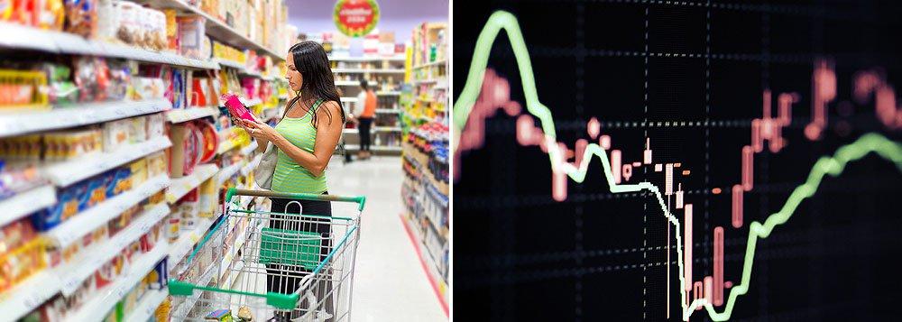 No Datafolha desta quinta-feira, 36% dos brasileiros acham que a situação econômica vai piorar nos próximos meses, com taxa oito pontos maior que a da pesquisa anterior, do início de maio; 64% da população acha que a inflação vai subir e48% apostam no aumento do desemprego nos próximos meses