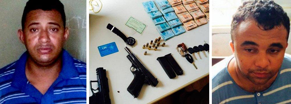 Os policiais encontraram com Fernando Oliveira Silva e Elcimar Pereira da Silva duas pistolas de uso restrito e R$ 21 mil em dinheiro; Segundo a Secretaria de Segurança Pública, Fernando é um dos responsáveis pelo assalto ao banco HSBC de Araguaína em 2013