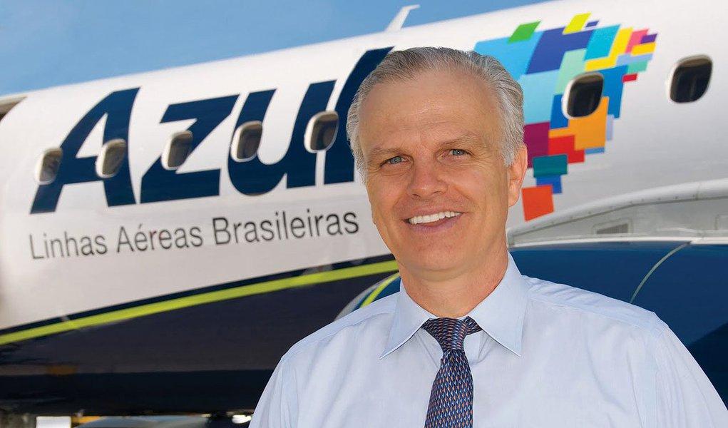 Medida significará perda de R$ 20 milhões no faturamento da empresa em 2014, informou o presidente da companhia, David Neeleman
