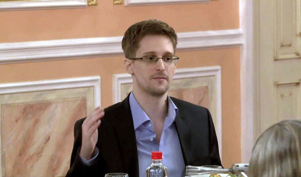 """""""Porque, recordem, eu não queria mudar a sociedade. Queria dar à sociedade a oportunidade de determinar se deveria mudar-se"""", disse o ex-consultor sobre revelações dos abusos cometidos pelosserviços da Agência Nacional de Segurança (NSA, a sigla em inglês) dos Estados Unidos"""