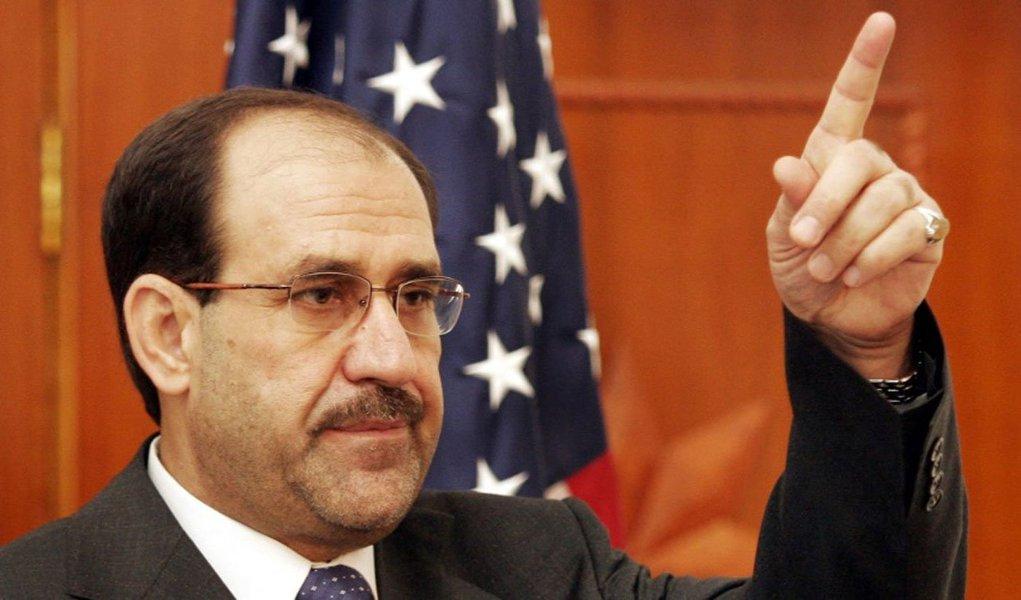 A maioria morreu por um carro-bomba que explodiu perto de uma igreja depois de um culto de Natal; A violência no Iraque subiu para seus piores níveis em mais de cinco anos com militantes sunitas radicais ligados à Al Qaeda intensificando os ataques contra o governo xiita do primeiro-ministro Nuri al-Maliki
