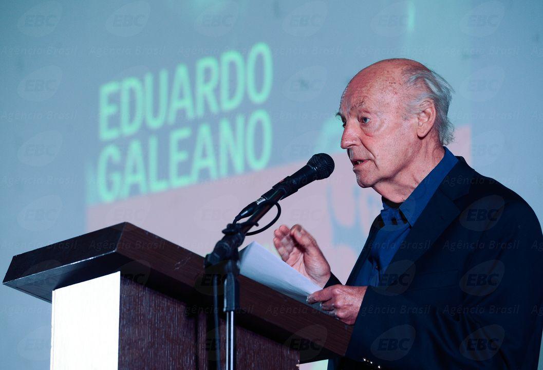 A exemplo da primeira edição do evento, em 2012, a cerimônia de abertura atraiu um grande número de pessoas interessadas em ouvir e ver de perto o escritor internacional homenagead; este ano, o homenageado é ouruguaio Eduardo Galeano, autor de, entre outros,As Veias Abertas da América Latina