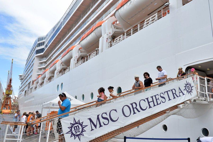 Neste Carnaval, a cidade recebeu cinco embarcações que carregam 14,7 mil passageiros e outros cerca de quatro mil tripulantes; os maiores desembarques aconteceram na terça-feira (4); expectativa de desembolso desse grupo supera a marca dos US$ 20 milhões, ou algo em torno de R$ 47 milhões pelo câmbio comercial