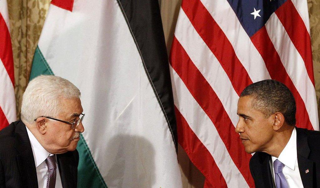 Encontro com Mahmud Abbas acontece duas semanas depois do previsto entre o presidente dos EUA e o primeiro-ministro de Israel, Benjamin Netanyahu, com o objetivo de continuar as negociações de paz, anunciou a Casa Branca