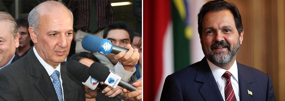 Pesquisa do Instituto Dados mostra o ex-governador do Distrito Federal José Roberto Arruda (PR) à frente com 23,1% das intenções de voto; o atual governador Agnelo Queiroz (PT) cresceu mais de 5% em relação a abril e está em segundo, com 16,4% do total; já o senador Rodrigo Rollemberg (PSB) aparece em terceiro com 10,5%, seguido por Toninho do Psol (5,2%) e o candidato tucano Luiz Pitiman (3,3%)