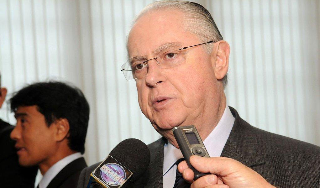 """Deputado Barros Munhoz (PSDB),líder do governo Geraldo Alckmin na Assembleia Legislativa de São Paulo,criticou ontem as comissões parlamentares de inquérito como instrumento de investigação;""""O governador quer apurar, mas não é CPI que apura. CPI nunca apurou nada"""", afirmou; desde 2008, esta é a quarta tentativa do PT para instalar uma CPI sobre o conluio de empresas nos contratos do Metrô paulista; para Munhoz,""""isso aí é uma proposta eminentemente política, sem nenhum conteúdo"""""""