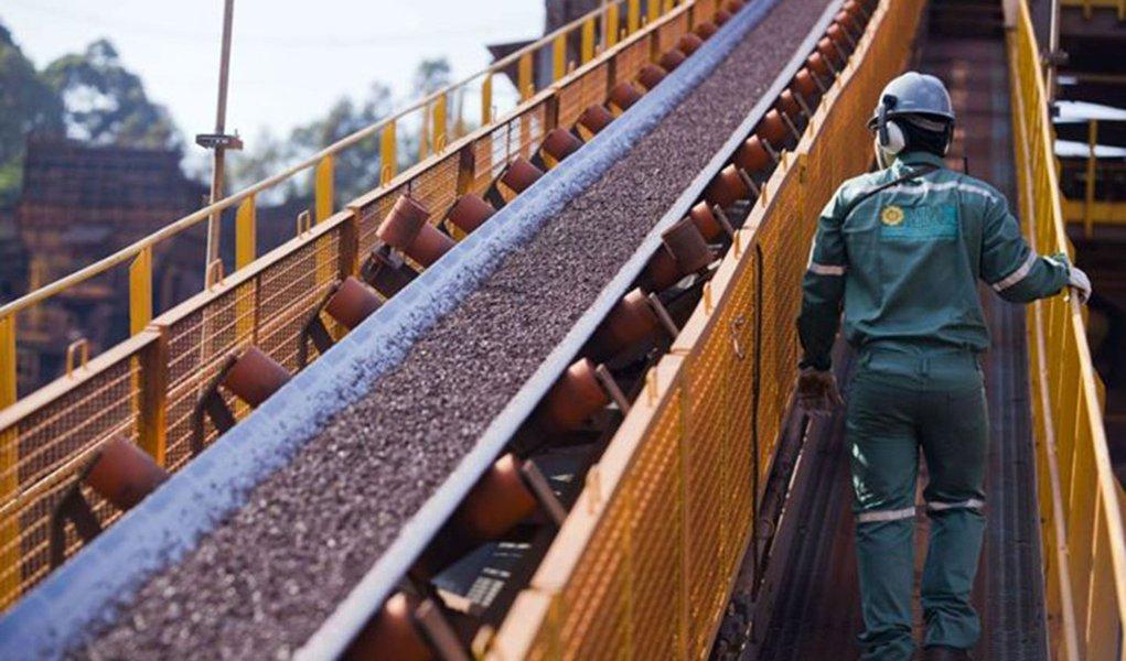 O motivo foi o atraso na entrada em operação do porto da mineradora do grupo de Eike Batista e não tem interesse em fazer uma oferta para comprar participação na companhia,segundo o diretor financeiro da siderúrgica, Ronald Seckelmann