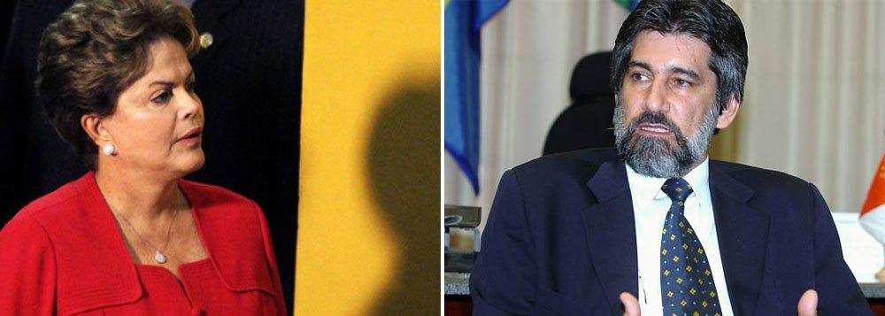 """Encontro marcado para domingo em Brasília terá, além da presidente Dilma Rousseff, o vice, Michel Temer, e os presidentes da Câmara, Henrique Eduardo Alves (PMDB-RN), e do Senado, Renan Calheiros (PMDB-AL); """"Primeiro tem que resolver a situação da Câmara"""", afirmou o presidente do PMDB, senador Valdir Raupp (RO);""""Espero que essas conversas possam chegar ao final dessa crise de relacionamento"""", acrescentou, ao sair de reunião com o ministro da Casa Civil, Aloizio Mercadante; ontem, o dirigente do PMDB conversou com Lula e deve voltar a falar com o ex-presidente nesta sexta"""