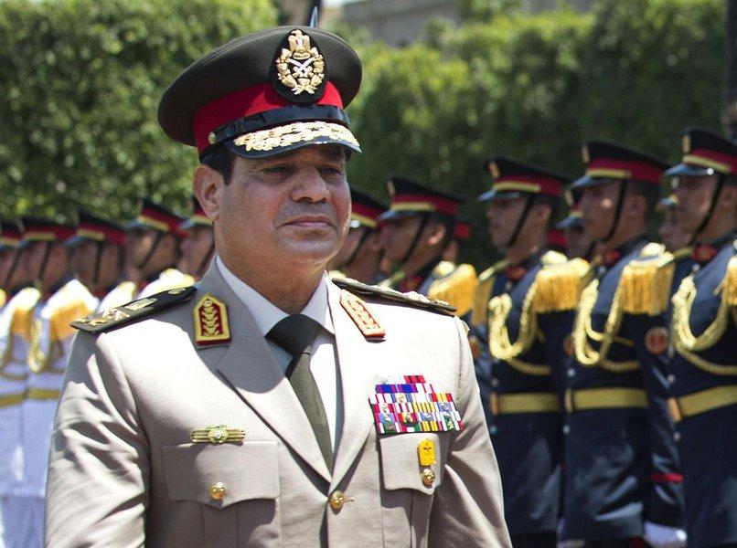 O ex-chefe do exército Abdel Fattah al-Sisi foi empossado como presidente do Egito neste domingo, em uma cerimônia discreta com a presença de aliados ocidentais preocupados com a repressão aos dissidentes desde que ele depôs o líder islamista Mohamed Mursi