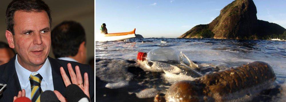 """Brasil havia assumido o compromisso de reduzir a poluição da baía em 80% atéas Olimpíadas;""""Lamento que nós não tenhamos usado os Jogos para limpar completamente a Baía de Guanabara,"""" disse o prefeito do Rio, Eduardo Paes (PMDB); segundo ele, as provas ocorrerão em partes menos poluídas"""