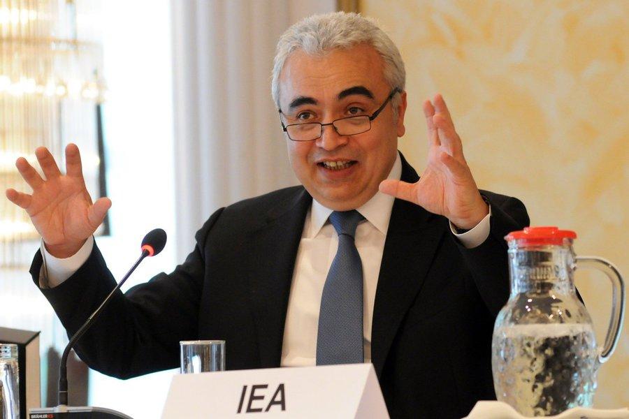 Economista-chefe da Agência Internacional de Energia, Faith Birol, diz que na nova geopolítica do petróleo, Brasil será a partir de 2015 um exportador significativo, ao lado dos EUA; além disso, diz que, em poucos anos, o consumo da energia no Oriente Médio será equivalente ao dá China hoje