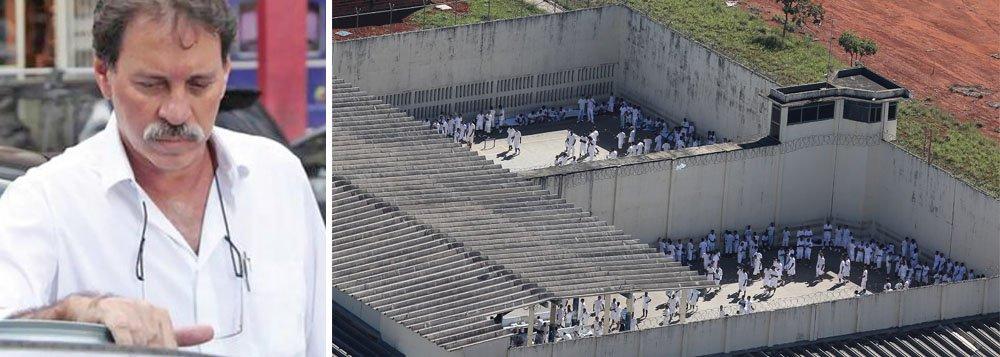 Transferência foi feita pela Secretaria de Segurança Pública após o juiz Bruno André Silva Ribeiro, da Vara de Execuções Penais (VEP), suspender o benefício de trabalho externo do condenado na CUT; agora,Delúbio retornou ao Centro de Internamento e Reedução (CIR)