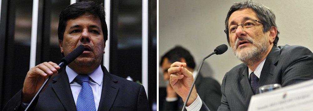 """Líder do Democratas, deputado Mendonça Filho (PE) protocolou dois requerimentos para que o ex-presidente da Petrobras compareça às comissões de Fiscalização Financeira e Controle e de Desenvolvimento Econômico, Indústria e Comércio para dar esclarecimentos sobre a compra de Pasadena em 2006; parlamentar diz que será a oportunidade de esclarecer a""""guerra de versões entre os principais atores dos escândalos envolvendo a Petrobras"""""""