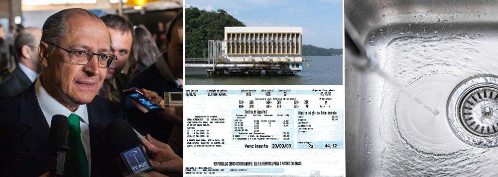 """Governador anunciou nesta segunda-feira 21 que Sabesp passará a multar os consumidores que aumentarem o uso de água; Geraldo Alckmin afirmou que rio Grande, que está com 94% de sua capacidade, passará a abastecer parte da cidade de São Paulo; hoje, bacia ligada ao sistema Billings sustenta a região do ABC; sistema Cantareira opera com 12%; quanto ao racionamento, o gato parece ter subido no telhado: """"Se necessário, será feito"""" admitiu Alckmin; torneira de votos pode secar?"""