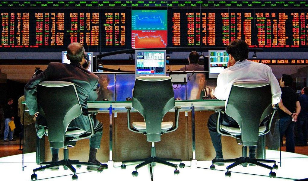Foio pior desempenho entre os principais índices acionários globais e, em meio a um cenário repleto de incertezas, especialistas estão pouco otimistas em relação a 2014