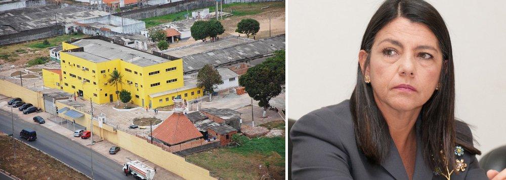 Sildener Pinheiro Martins tinha 19 anos e morreu vítima de golpes de chuço (paus com ponta de ferro)durante briga de integrantes de uma facção criminosa; mesmo com o reforço da PM, que ocupa há quase uma semana todas as unidades prisionais de São Luis, este foi o segundo detento morto nesta terça-feira; a assessoria de imprensa do governo do Maranhão, de Roseana Sarney, não havia informado a identificação do preso nem as condições em que ele foi encontrado sem vida; relatório do CNJ aponta que somente em 2013, foram registradas 60 mortes nos presídios maranhenses, incluindo três decapitações