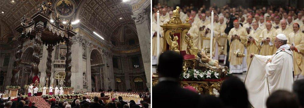 Francisco celebrou uma solene Missa de véspera de Natal para cerca de 10 mil pessoas na basílica de São Pedro; ao lado de mais de 300 cardeais, bispos e padres, ele pediu para que as pessoas não tenham medo de chegar a Deus
