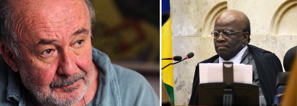 """Jornalista diz que notícia da saída de Joaquim Barbosa """"foi recebida com uma sensação de alívio por aqueles brasileiros que, ao contrário de Eduardo Campos, pensam mais na Justiça justa e no país pacificado do que nos seus interesses eleitorais e partidários""""; segundo ele, presidenciável do PSB """"correu para surfar na decisão"""" do ministro ao abrir as postas do partido"""