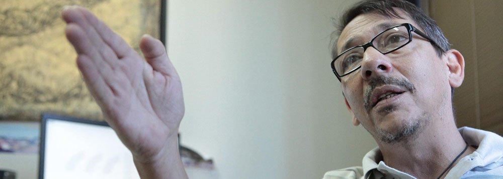 Na foto Promotor de Justiça Mauricio Nardini. Materia sobre entrevista com Promotor de Justiça. Editoria de Cidades. 07/08/2013 Foto: Demian Duarte