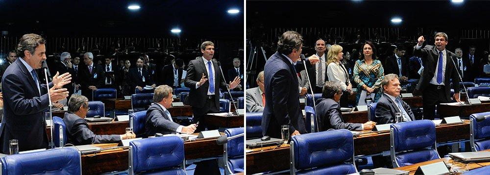 """Presidenciável Aécio Neves (PSDB-MG) defendeu em seu discurso a prorrogação das discussões sobre o Marco Civil da Internet no Senadoe acusou o senador do PT Lindbergh Farias de """"apequenar"""" as discussões sobre o tema; petista rebateu que o PSDB dava um """"tiro no pé"""", porque pretendia atrasar a votação do projeto, que contava com mais de 350 mil assinaturas em favor de brevidade da votação"""